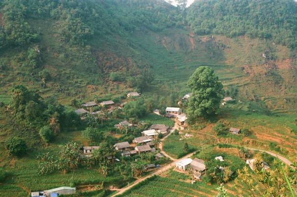 Toàn cảnh thôn Lùng Khúy